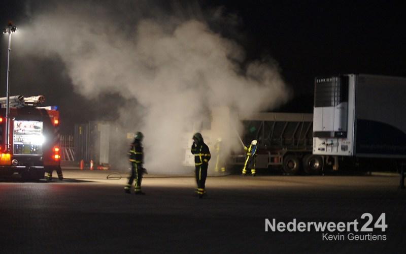 Vrachtwagenbrand Gebbelsweg Ospel