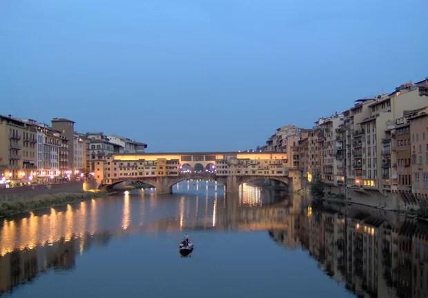 Florença na noite de S. Giovanni, padroeiro da cidade