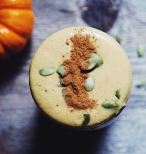 Ultimate Vegan Pumpkin Spice Smoothie