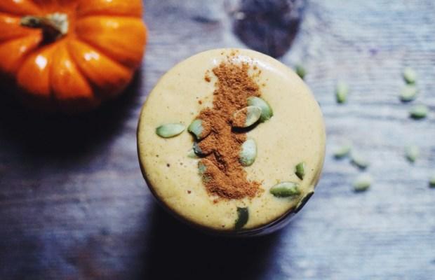 Ultimate Vegan Pumpkin Spice Smoothie