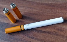 Quit Smoking with the Help of E-cigarettes (2)