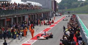 Historic Minardi Day 2017 pubblico pit lane