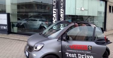 Smart Cabrio Brabus Tailor Made aperta