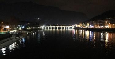 Lecco notturna con Ponte Vecchio