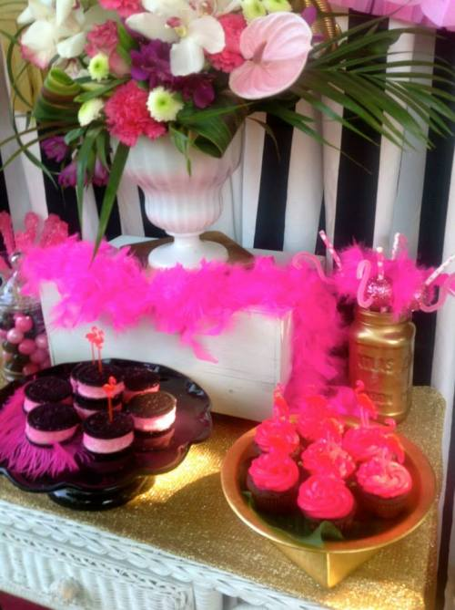 chic flamingo party - bridal shower ideas