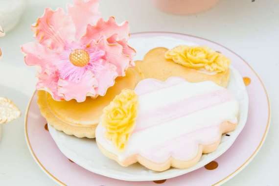 Let-Them-Eat-Cake-Shower-Floral-Sugar-Cookies