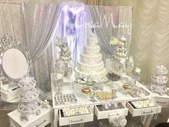 Silver-Wonderland-Wedding-Desserts