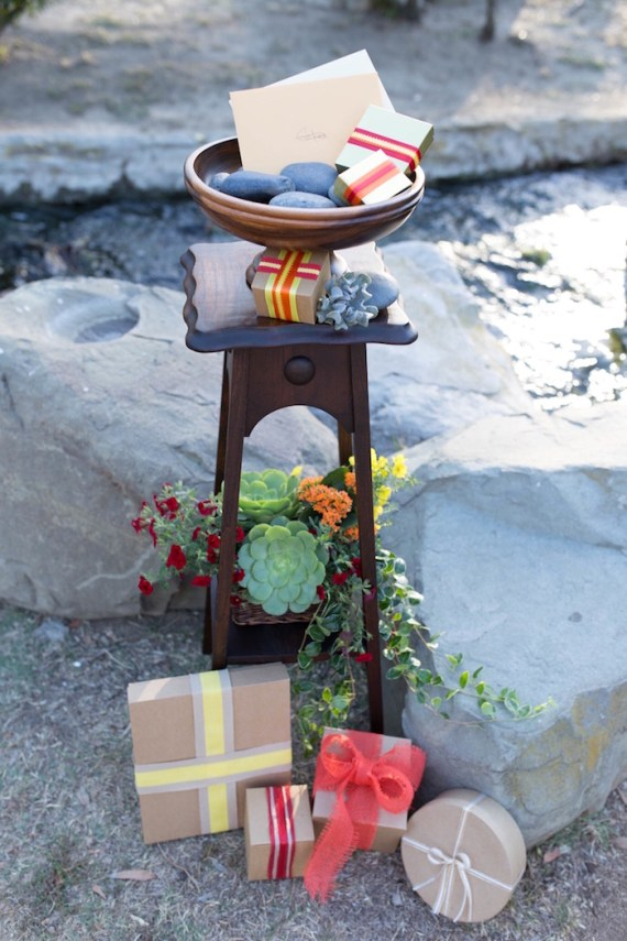 Colorful-Au-Natural-Bridal-Shower-Micro-Table