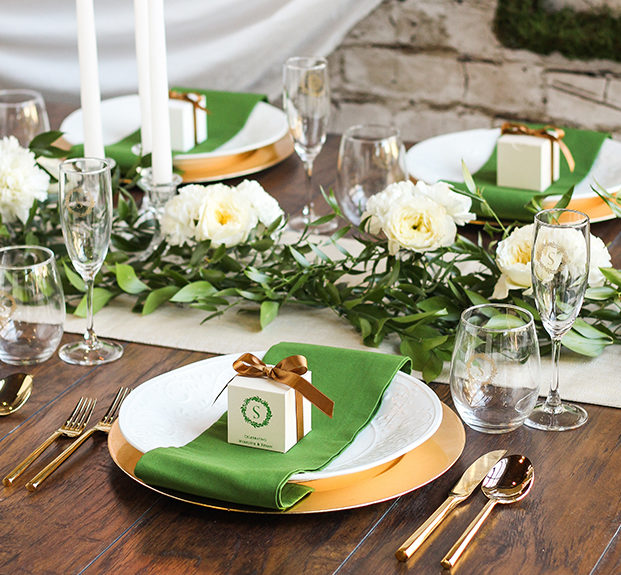 english-countryside-wedding-table-setting-ideas