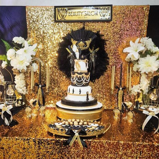 Chic Gatsby Themed Wedding Centerpiece Cake