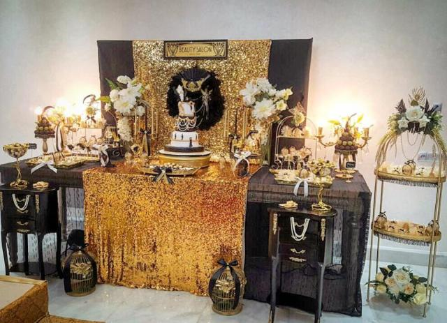 Gold and Glam Chic Gatsby Themed Wedding Table