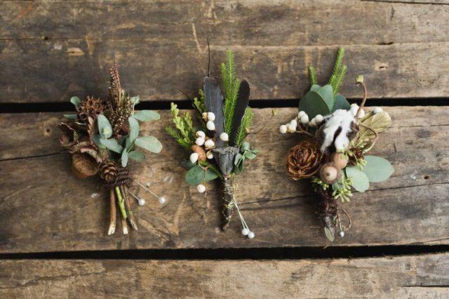 Romantic-Winter-Rustic-Wedding-Boutineers
