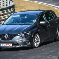 SPOTTED: Five-door automatic Megane RS test mule