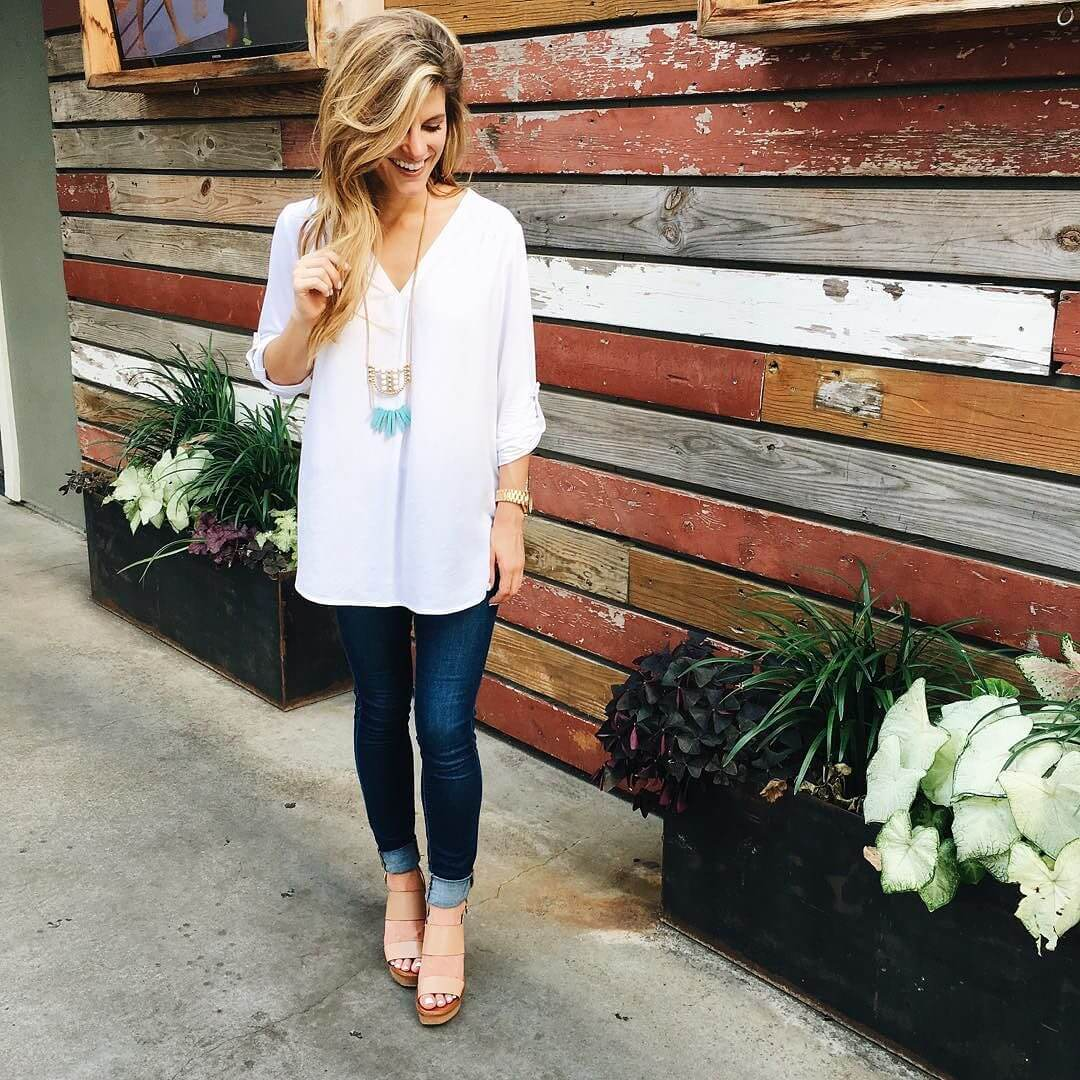 white tunic + jeans + wedges