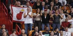 Most obnoxious fan ever positions herself behind Bucks-Heat announcers