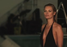 Kate Moss St Tropez picture