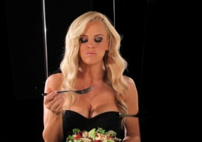 Jenny McCarthy Hardees commercial