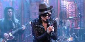 Yoko Ono's dying cat impression crushed it on Letterman