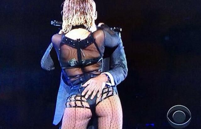 Beyonce-Grammys-2014