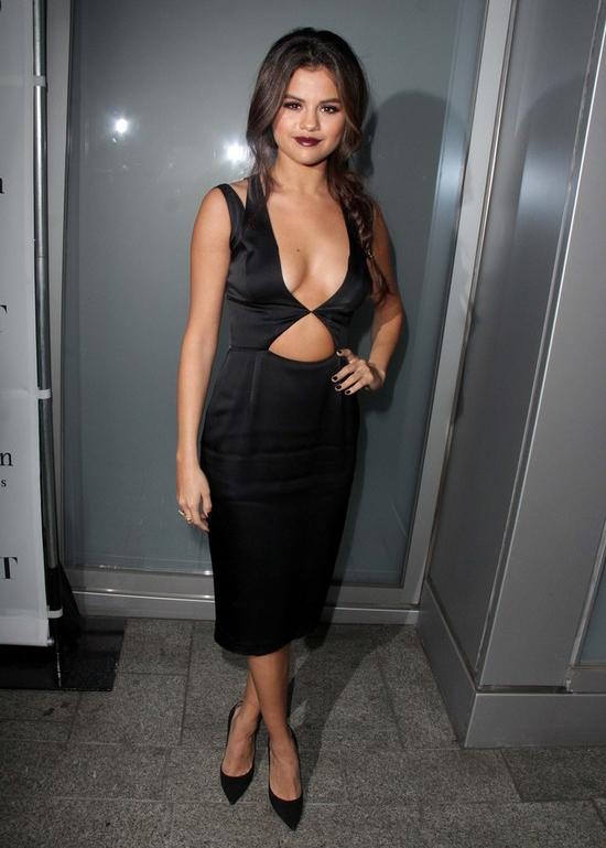 Selena Gomez virginity