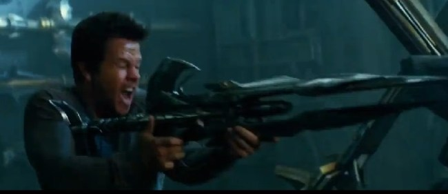 mark-wahlberg-alien