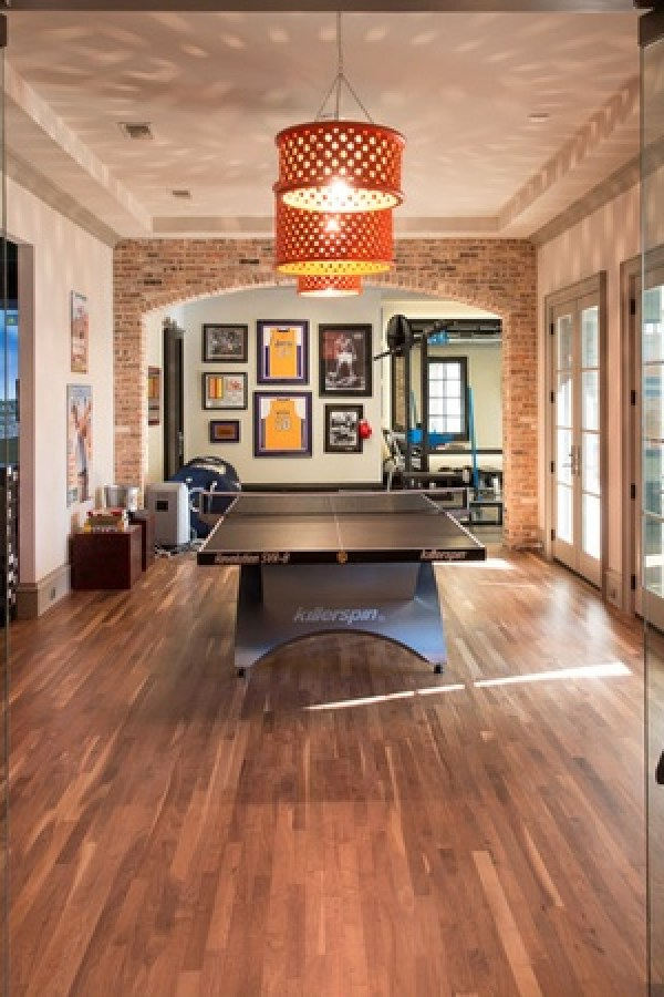 Game-room-at-10179-Brook-Hollow-Court-in-Dallas_130053