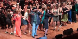 Sir Mix-A-Lot sang Baby Got Back with a symphony orchestra and it was spectacular
