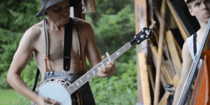 Bluegrass cover of AC/DC 'Thunderstruck' just feels so right