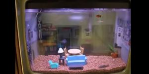 Some Genius Turned His Old Television Into A 'Seinfeld'-Themed Aquarium