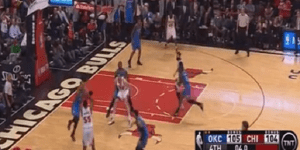 Bulls E'Twaun Moore Hits Game-Winning 3-Pointer Against Thunder