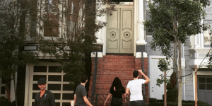 John Stamos Visited The 'Full House' House, Went Completely Unnoticed By Fans