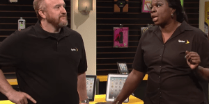 SNL: Here's A Sassy Louis C.K. Telling Leslie Jones That Her Nails Are 'On Fleek.' – RIP On Fleek