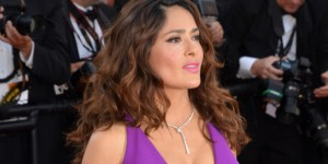 Sultry Salma Hayek Gets Naked In Her New Rom-Com, So Here's Footage To Save You From Having To Watch The Entire Movie