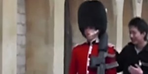 Punk Tourist Rightfully Gets Gun Pointed At Him For Touching A Member Of The Queen's Guard