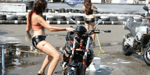 This Girl Thought She Was So Hot Grinding Against A Motorcycle Until….