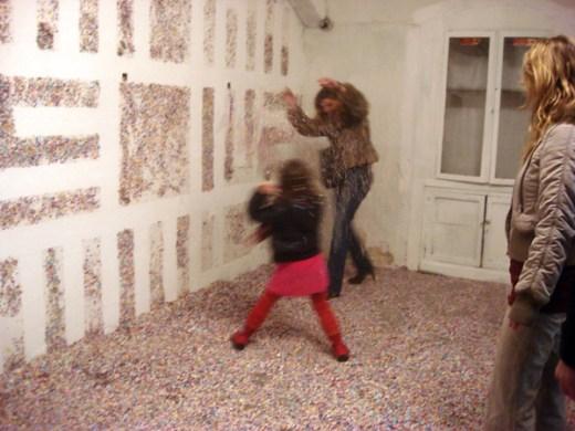 confetti graffiti by eltono