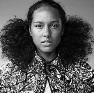 Alicia Keys no makeup3