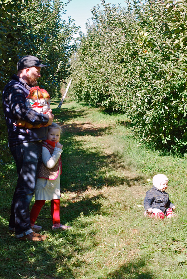 Family apple picking; © Brooklyn Supper 2012, all rights reserved