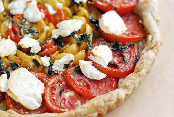 tomato chevre tart // brooklyn supper