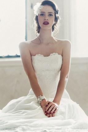 Brudekjole-blonder