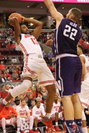Ohio State men's basketball performs down the stretch to top Northwestern 71-63
