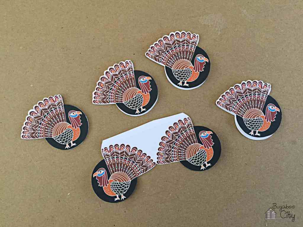 Thanksgiving Cupcakes Toppers and Wrappers 5