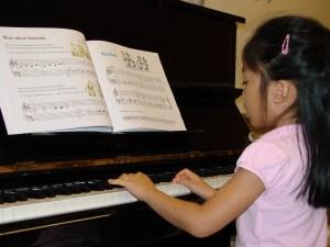 Kids Piano 02