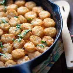 Buffalo Chicken Tater Tot Casserole - the classic casserole gets a spicy update!