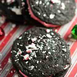 Chocolate Peppermint Cream Pies - an easy holiday recipe full of peppermint marshmallow cream!