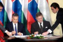 Robert Fico con Viktor Orban (foto_vlada.gov.sk)