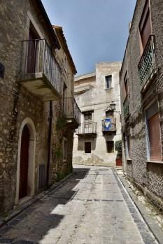 Vicolo a Montalbano Elicona