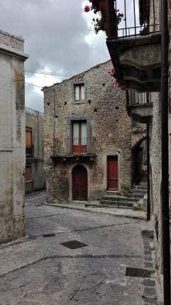 Viuzze e scale Montalbano Elicona