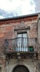 Balcone in ferro centro storico Montalbano Elicona