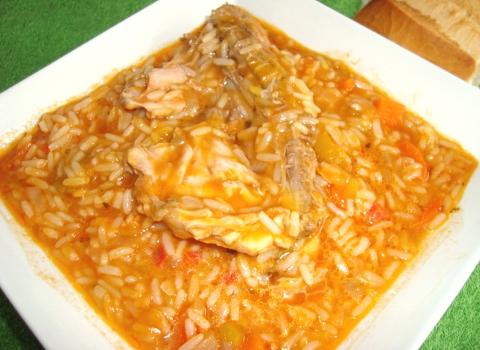 Guiso de arroz con pollo
